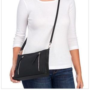 Bueno Bags - BUENO COLLECTION Shoulder Bag- Price is firm